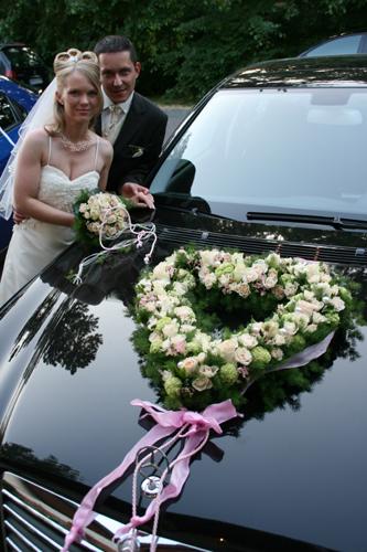 Brautpaar mit Herz